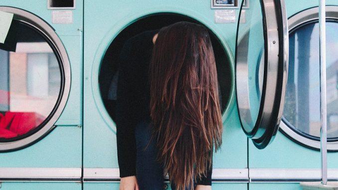 zepsuta pralka i brak pieniędzy