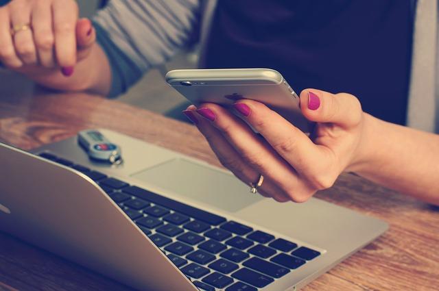 Wypełnianie wniosku pożyczkowego przez Internet