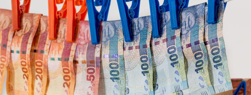 Jak rozpoznać, że banknot jest fałszywy?